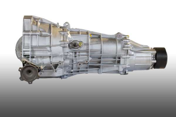 Audi A5 quattro 3.0 TDI 6-v. manuaalivaihteisto KMU