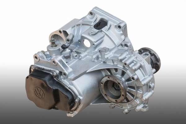 VW Bora 1.8T Bensiini 5-v. manuaalivaihteisto EMT